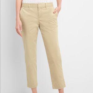 GAP Slim City Crop Pants in Khaki